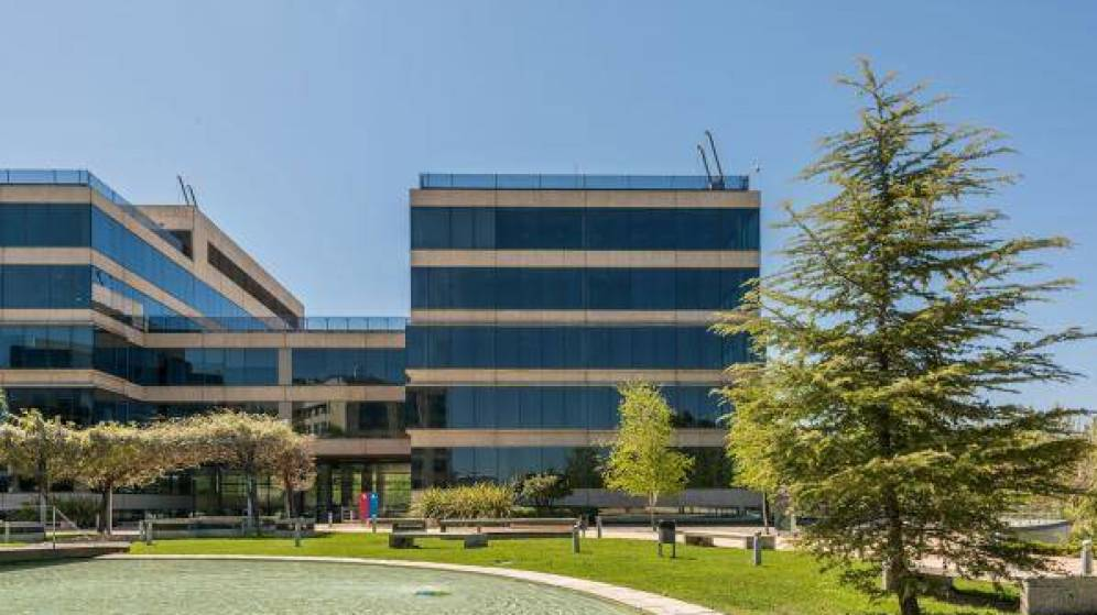 Partners Group Negotiates the Purchase of 5 More Office Buildings from Meridia Capital