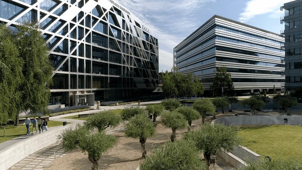 Edificio de oficinas Cristalia de la Socimi Árima 1024x576 1