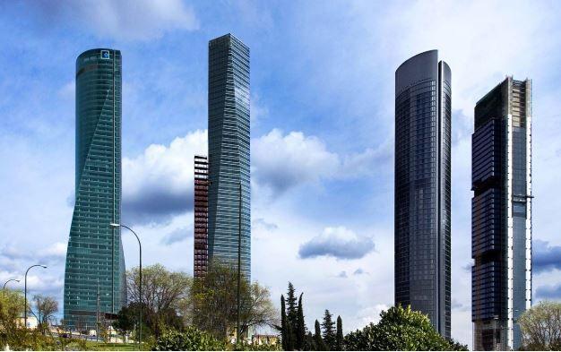Cuatro torres Fuente Merlin