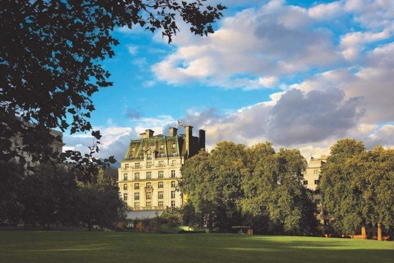 La familia Barclay vende el hotel Ritz de Londres a un inversor qatarí