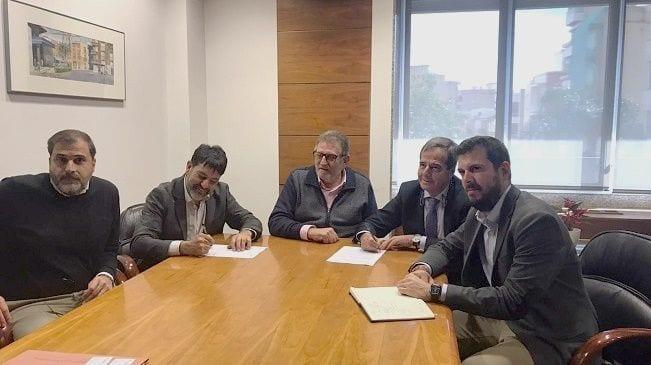 firma convenio Sareb y Ayuntamiento Torrent