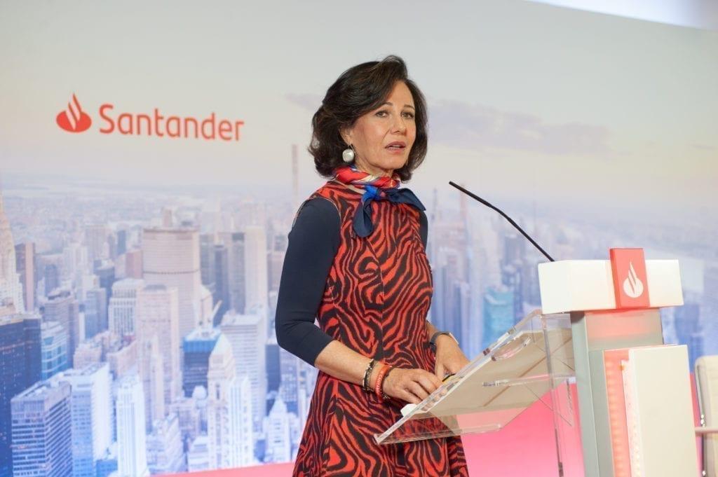 La presidenta del Banco Santander ha asegurado que el sector inmobiliario será clave para la reconstrucción del país y que, en concreto, se debe potenciar el mercado hipotecario.