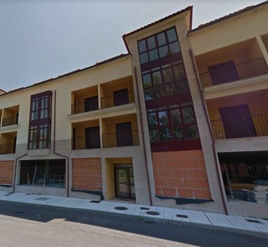 Sareb saca a subasta un edificio por más de seis millones en Panes, Asturias