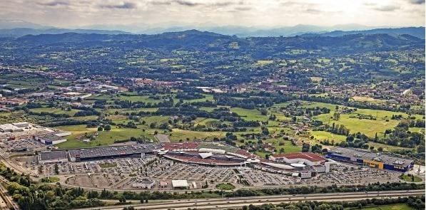 El centro comercial Intu Asturias vuelve a cambiar de nombre