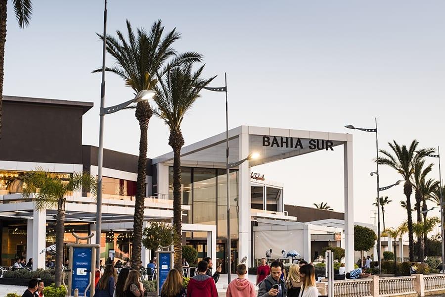 Centro comercial Bahía Sur de Castellana Properties Socimi