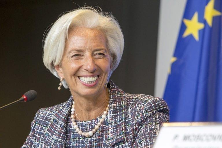 El BCE vuelve a dar 'barra libre' de liquidez a los bancos para frenar las restricciones crediticias