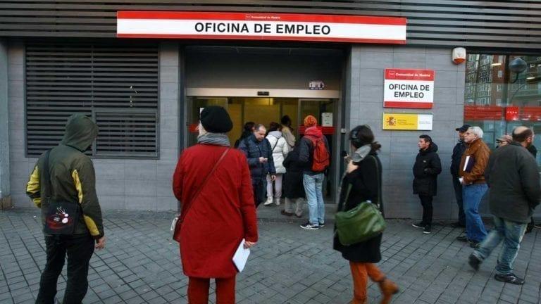 El Banco de España empeora hasta el 15% la caída del PIB por la dependencia del turismo y las pymes