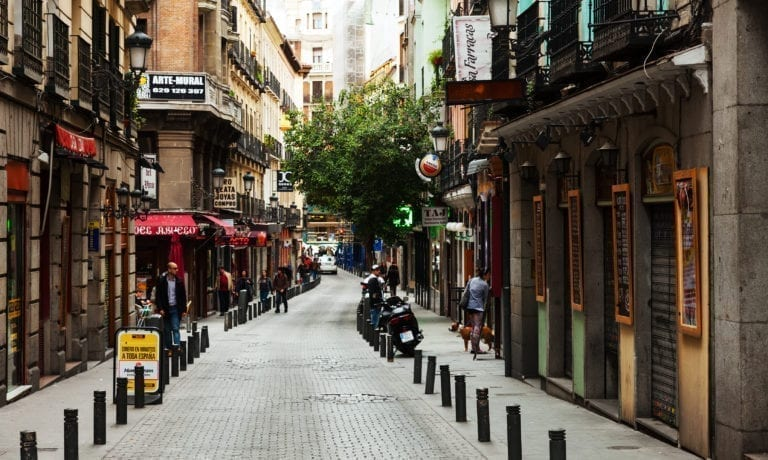 El Gobierno aprueba el aplazamiento de las rentas de los locales comerciales