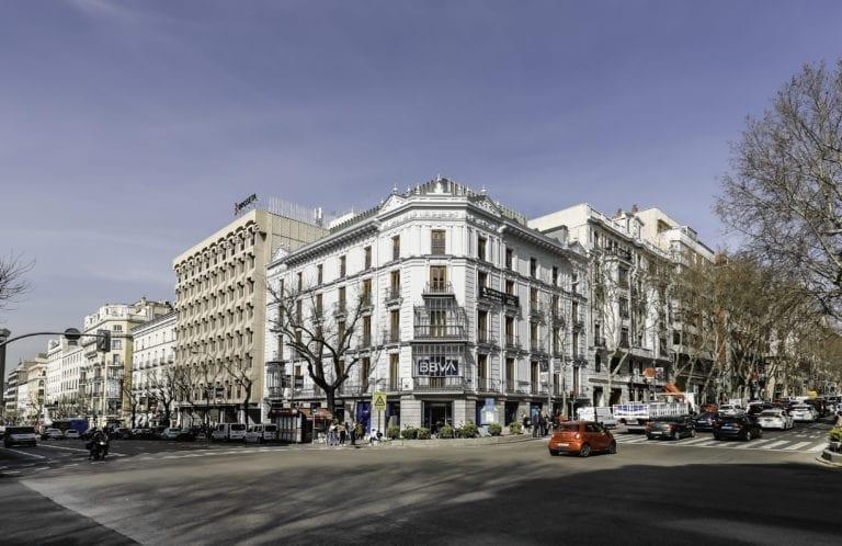El antiguo hotel Adler ya tiene inquilino suizo tras su reconversión a oficinas