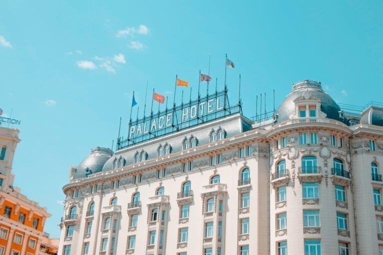 El Hotel Palace consigue un préstamo de 120 millones para soportar la crisis