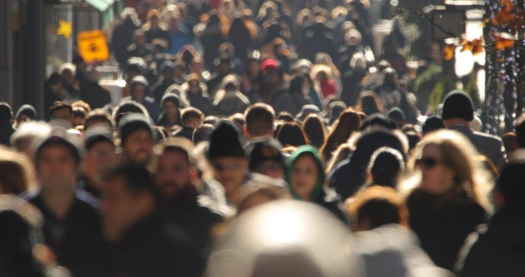 nacionalidades población multitud 1024x540 1