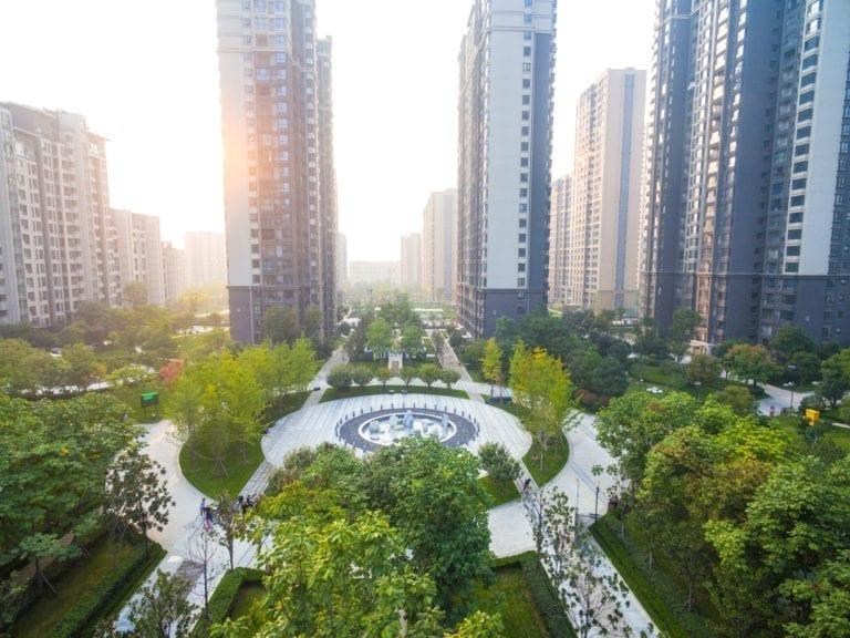 Una inmobiliaria china, demandada por ocultar el impacto del Covid-19 en su OPV