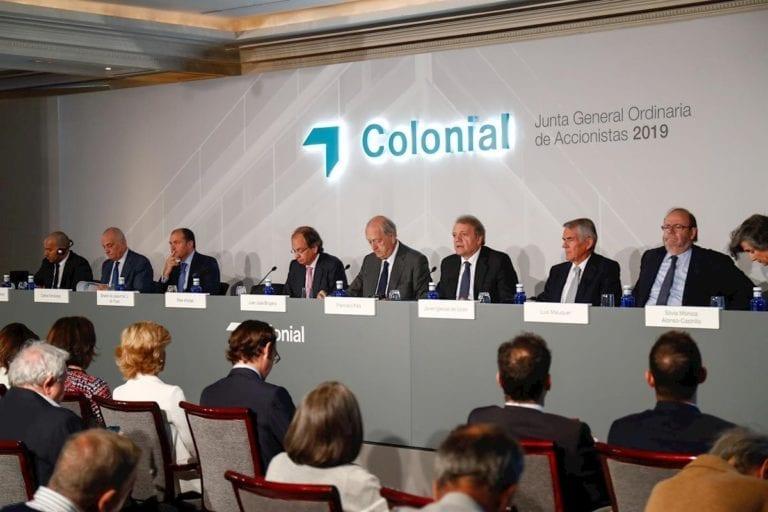 Colonial mantiene el dividendo y renueva su consejo