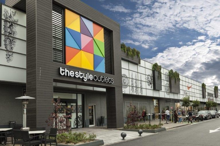 Neinver renegocia 400 acuerdos con los inquilinos de sus centros comerciales