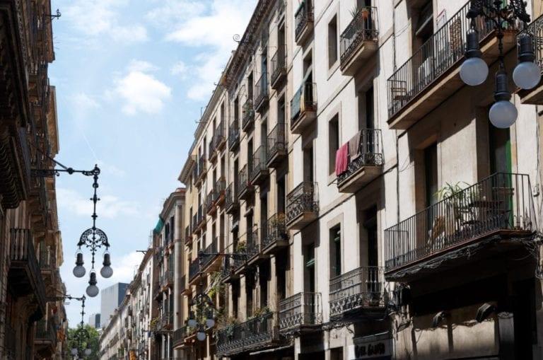 El precio del alquiler cae por encima del 10% en Madrid y Barcelona