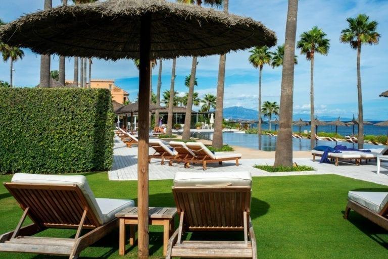 Oaktree, Apollo, Azora y Schroders estudian compras hoteleras en el mercado español