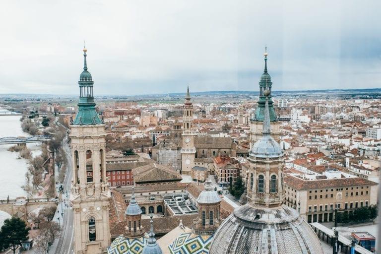 Arquitectos Técnicos de Zaragoza asesoran gratis a hosteleros y pequeños comercios