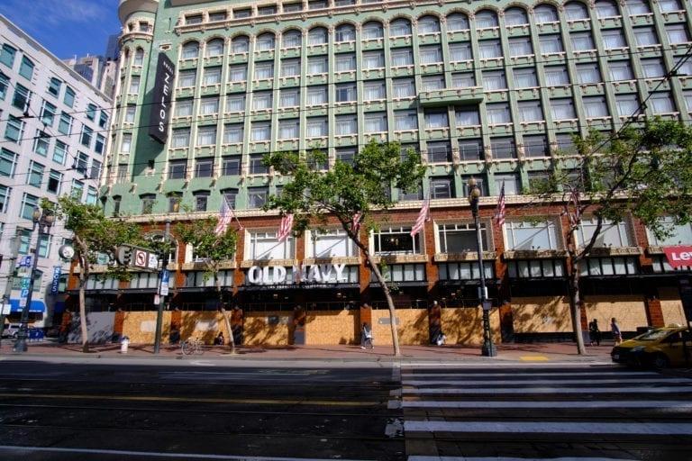 Pontegadea demanda a Gap por un impago de alquiler de 1,5 millones de euros
