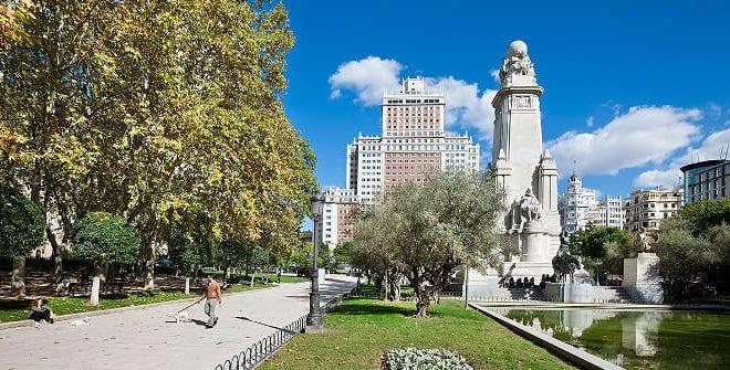 La reforma de la Plaza de España estará lista en agosto