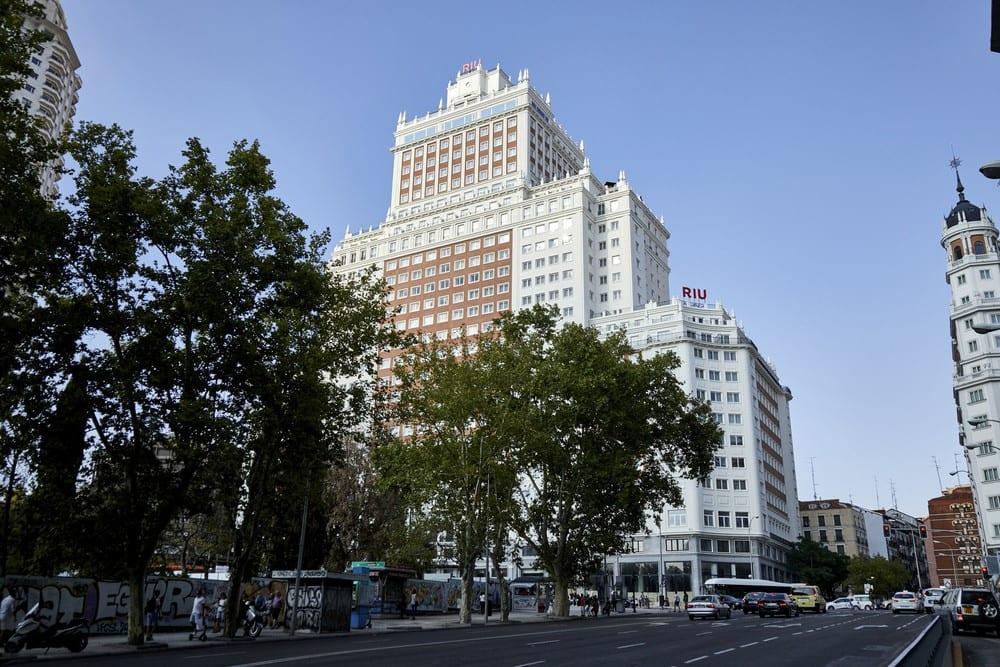 hotel riu edificio españa madrid