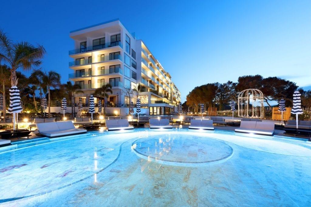Hotel BLESS Ibiza azora