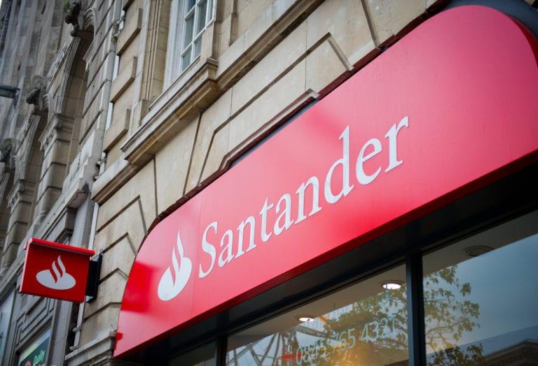 Santander y Fotocasa firman una alianza para reforzar la oferta digital en hipotecas