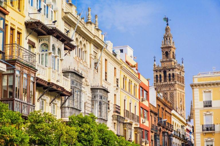 Sevilla venderá la antigua comisaria de Gavidia primando el uso cultural frente al hotelero