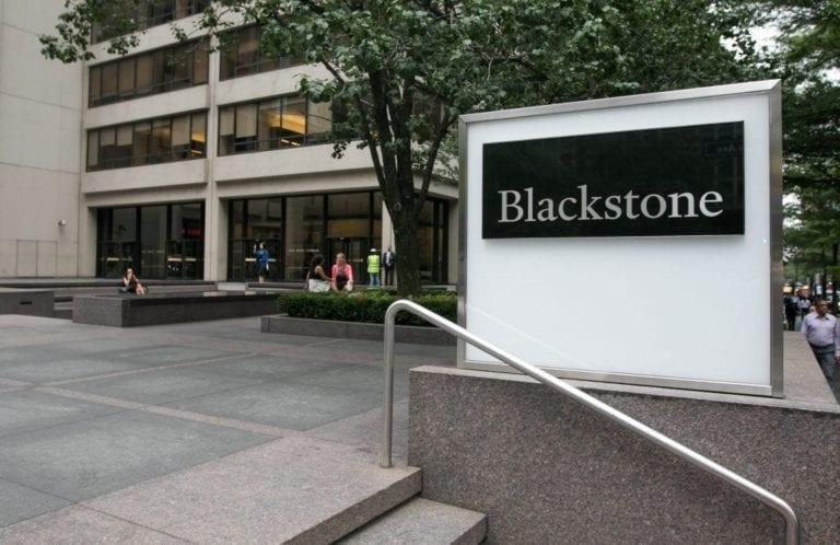Blackstone pulveriza las previsiones de los analistas y triplica sus ingresos
