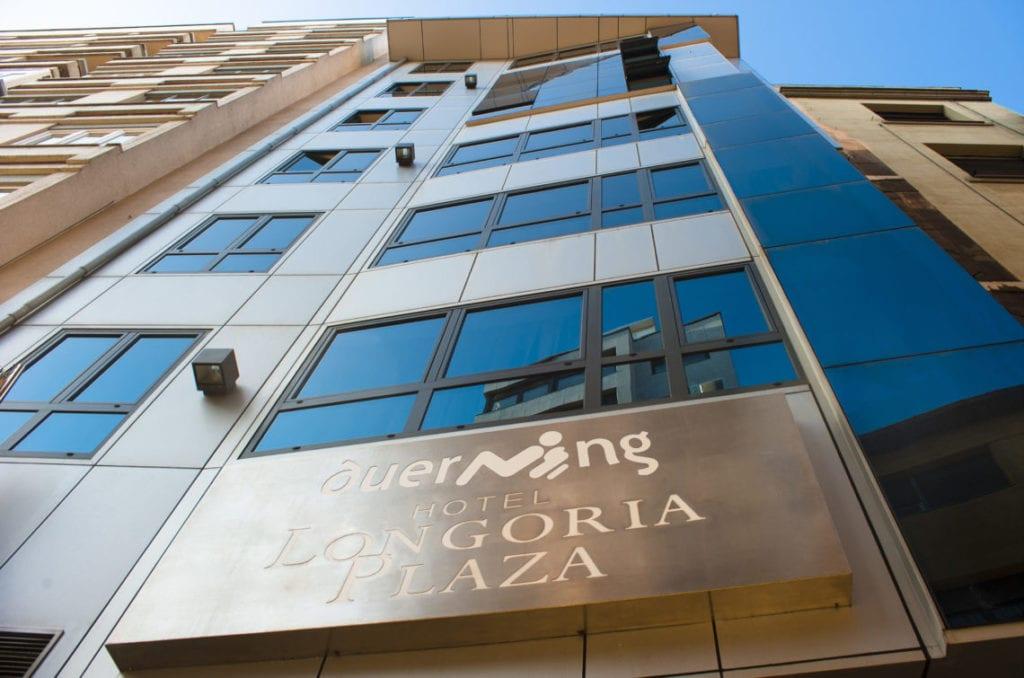 FACHADA duerming longoria plaza