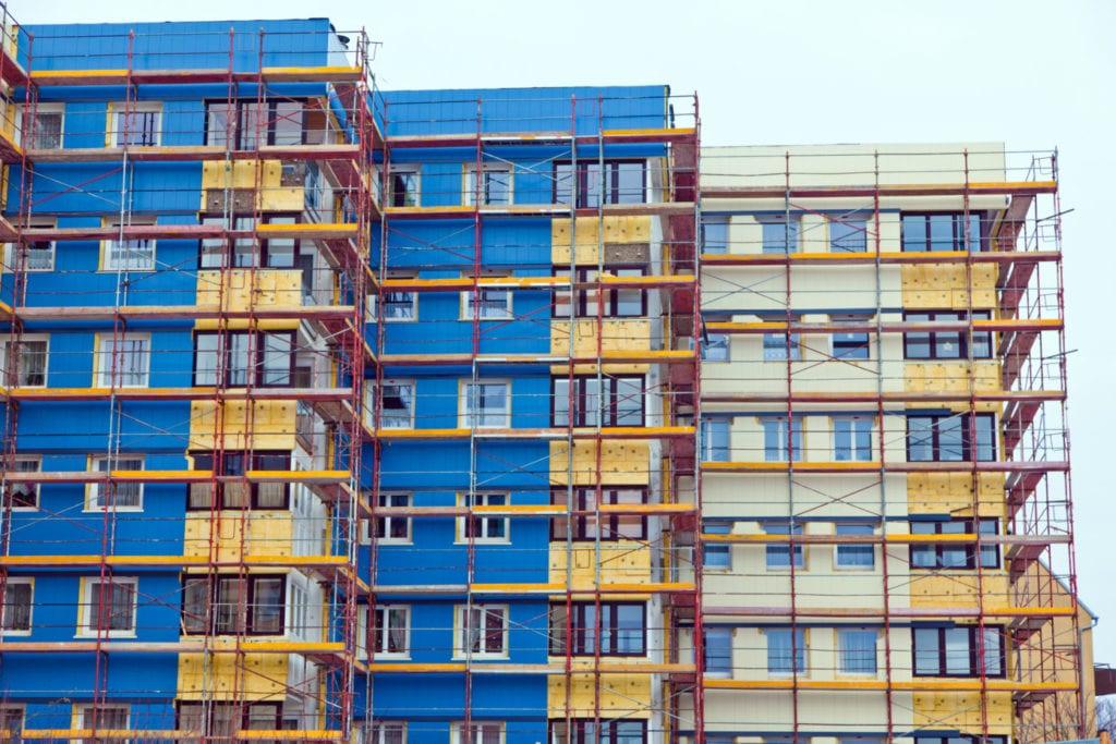 Renovación rehabilitación energetica edificios viviendas fuente shutterstock