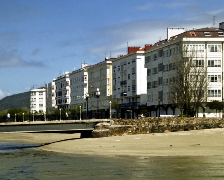 Cedeira, el municipio coruñés que se atreve a volver a promover 12 años después