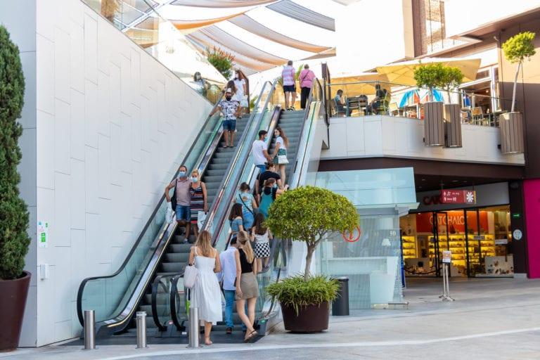 Los propietarios de centros comerciales alcanzan acuerdos con el 77% de los arrendatarios
