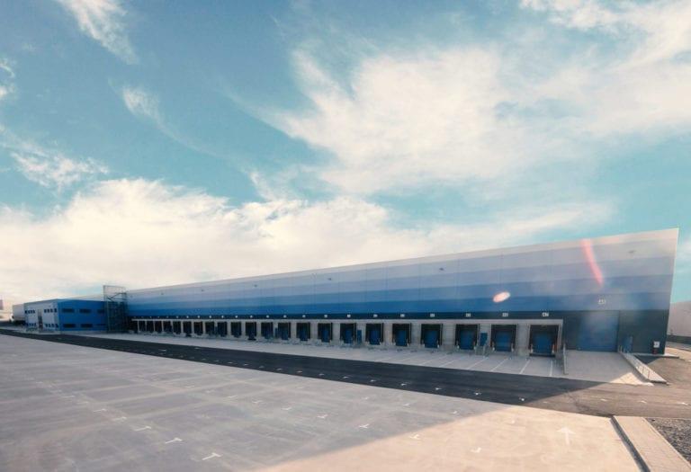 Los gigantes GIC y Melcombe Partners se alían para comprar activos logísticos en España