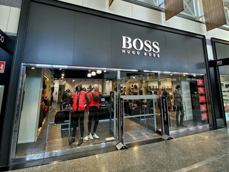Fashion Outlet abre las únicas tiendas outlet de BOSS y New Balance en el País Vasco