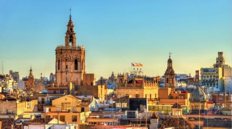 La Comunitad Valenciana dispondrá de 152 millones de euros para rehabilitar viviendas y barrios completos