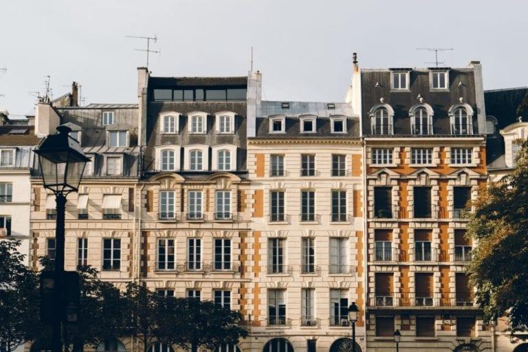 Round Hill Capital consigue 200 millones para su fondo multifamiliar europeo