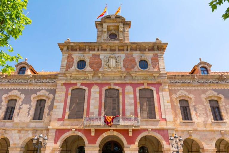 Cataluña aprueba la limitación de los precios del alquiler con excepciones
