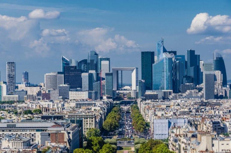 AEW Eurocore levanta 410 millones para invertir en el logístico europeo