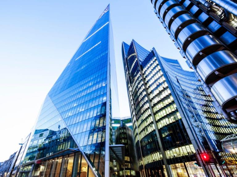 Líderes empresariales, incluidos varios 'Ibex', reducirán el espacio de oficinas