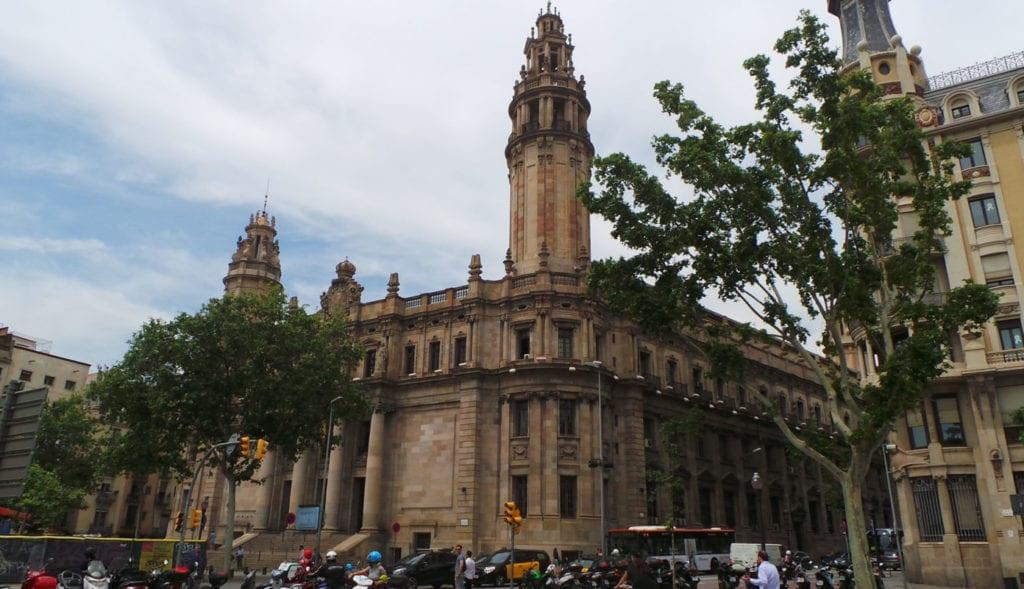 Sede Correos en Barcelona