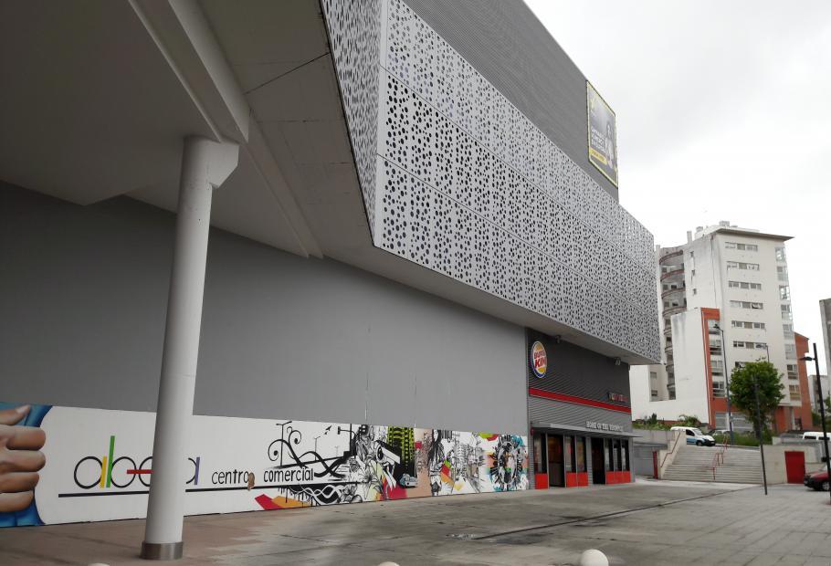 centro comercial albella aliseda en lugo galicia