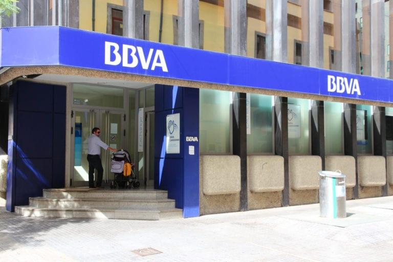 BBVA pide renegociar las rentas de casi 1.000 sucursales