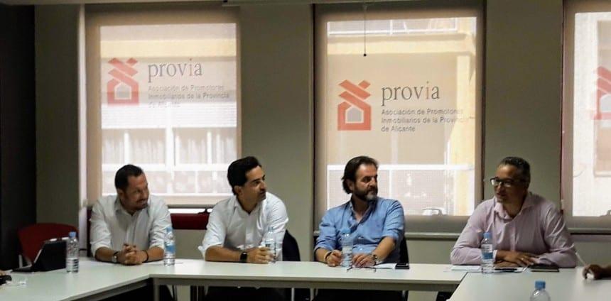 Imagen de una reunión de Provia que ha nombrado a su nuevo equipo dircetivo