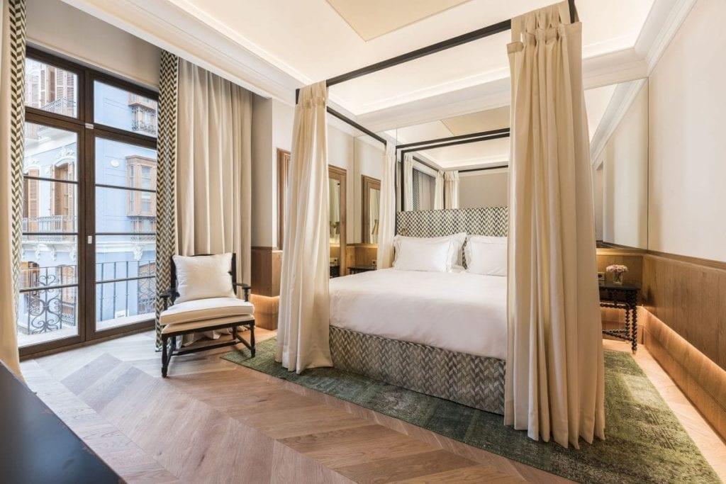 Junior Suite hotel palacio Solecio de Malaga fuente AGS Iberia 2