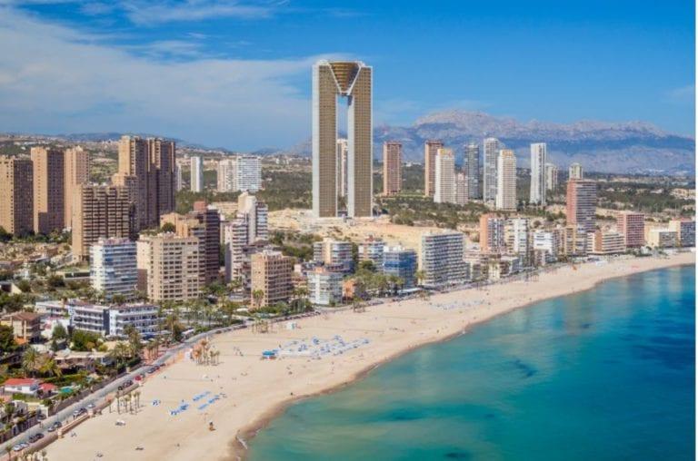 Benidorm valida la legalidad del Ensanche Levante que prevé más de 2.000 viviendas