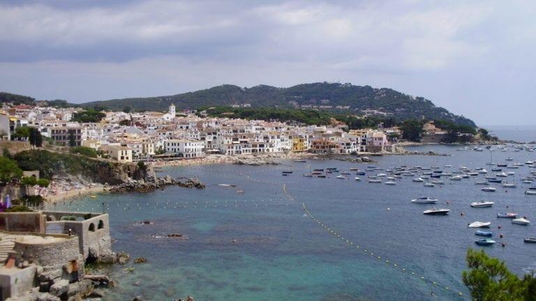 La Generalitat frena la construcción de más de 11.000 viviendas en la Costa Brava