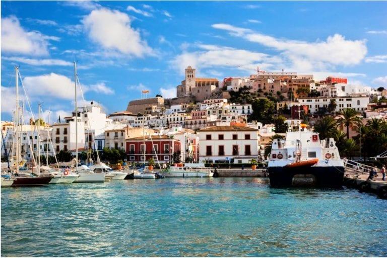Ralentización de la actividad residencial en Baleares, según ST