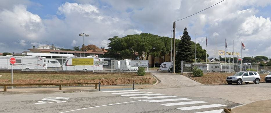 parking caravanas de Vallcars en Granollers fuente google maps