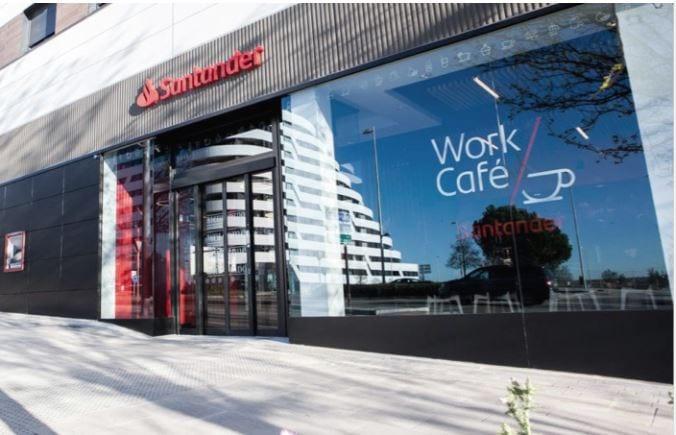 Santander transforma su local del paseo de Gracia en el segundo Work Café de Barcelona