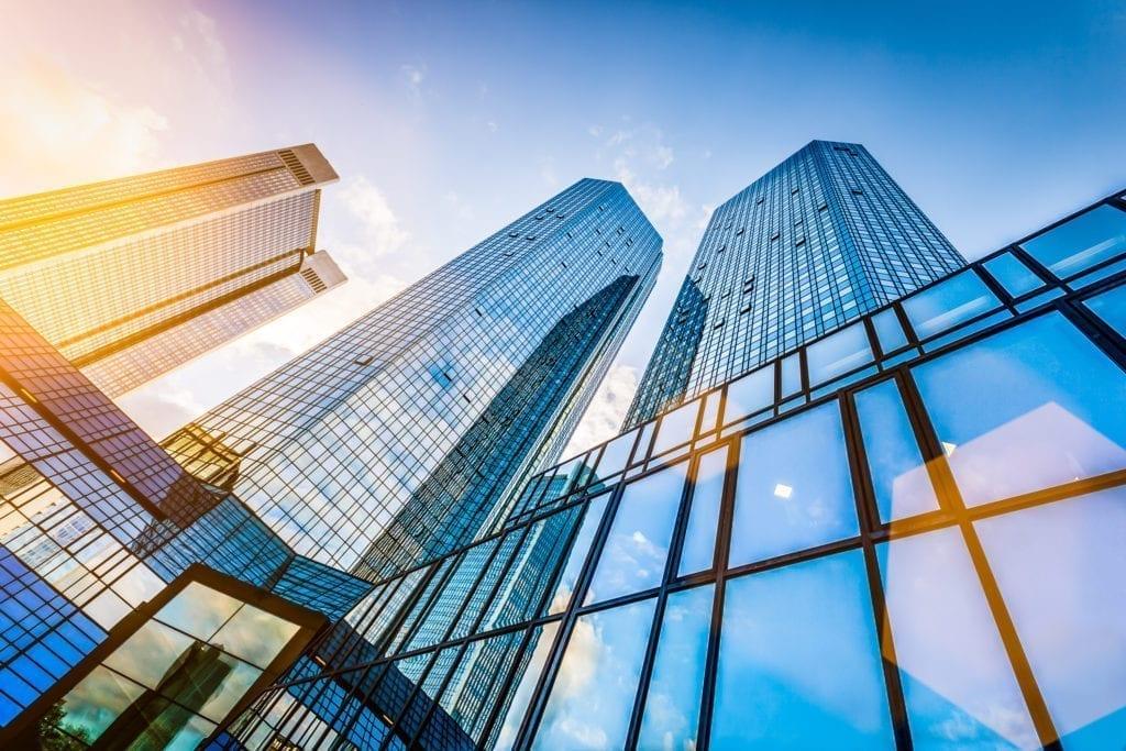 Edificio de oficinas de Shutterstock 1024x683 1